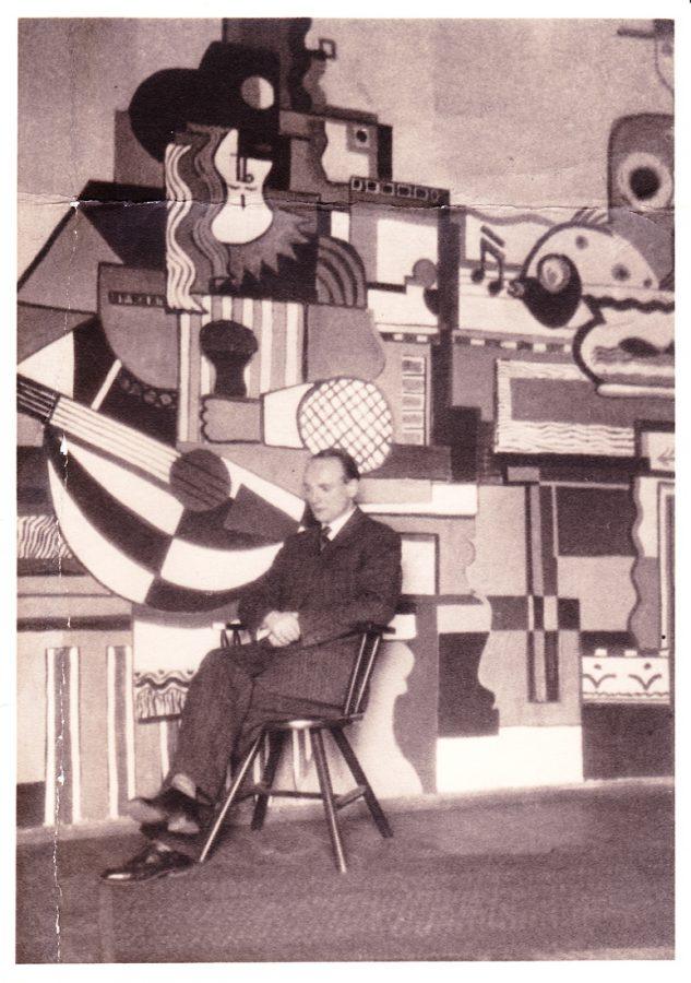 Rückseite: 'Foto Tüni Atelier B.Tempelhof1924' Richtig 1928