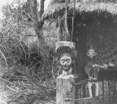 Bourgeois-Yaka and Suku,1984_0001_2