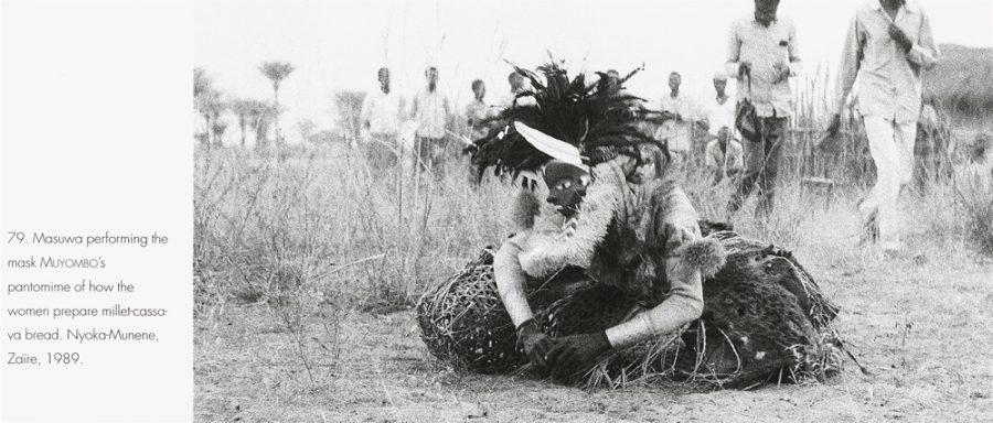 Strother Abb.187 - Masuwa bei einer Pantomime